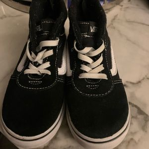 Toddler girls Vans sneakers